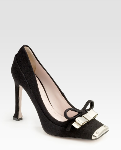 ac4e8c9f23b I adore the combination of fabric and metal in these cap-toe pumps.