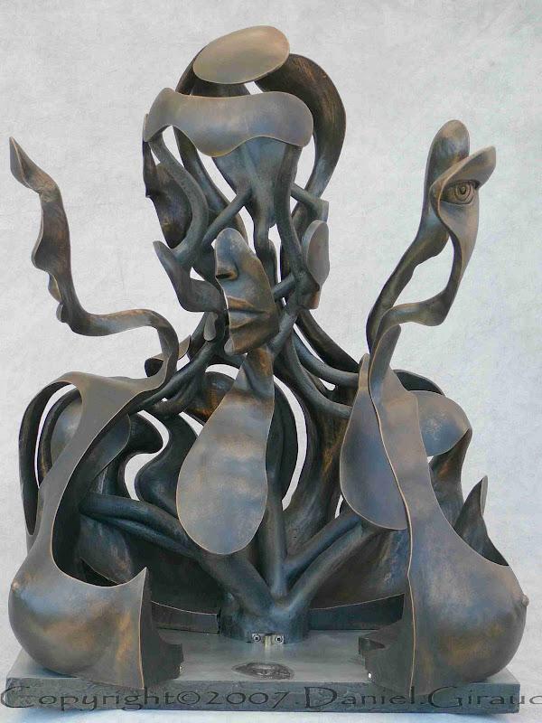 sculpture découpée thorax