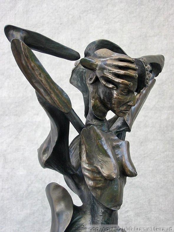sculpture femme moderne