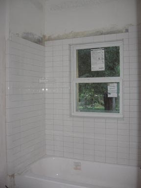 Mon Garage Appartement: Stacked Subway Tile