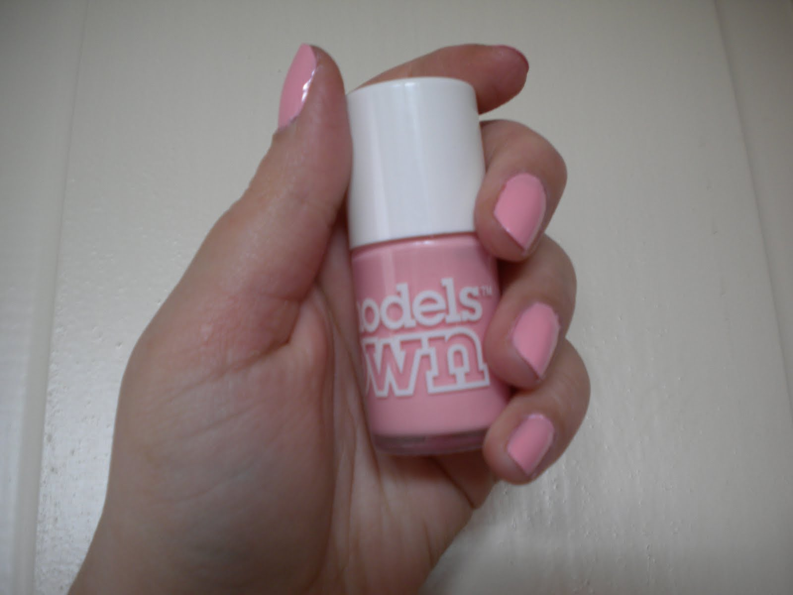 Review of the Pastel Pink Nail Polish by Models Own Image