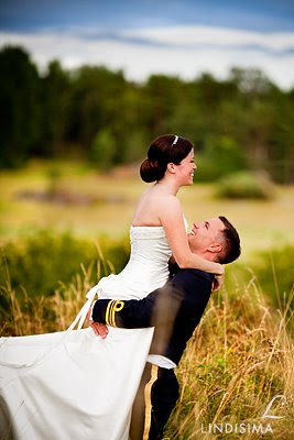 Lindísima/Linda Broström Cabrera - Bride & groom 2 months later 7