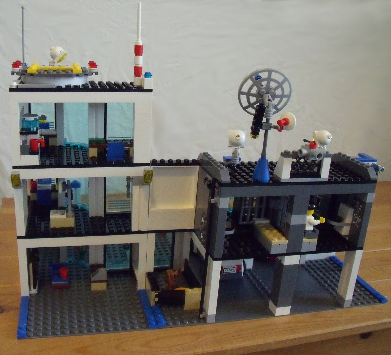 Lego City Police Station Building Instructions