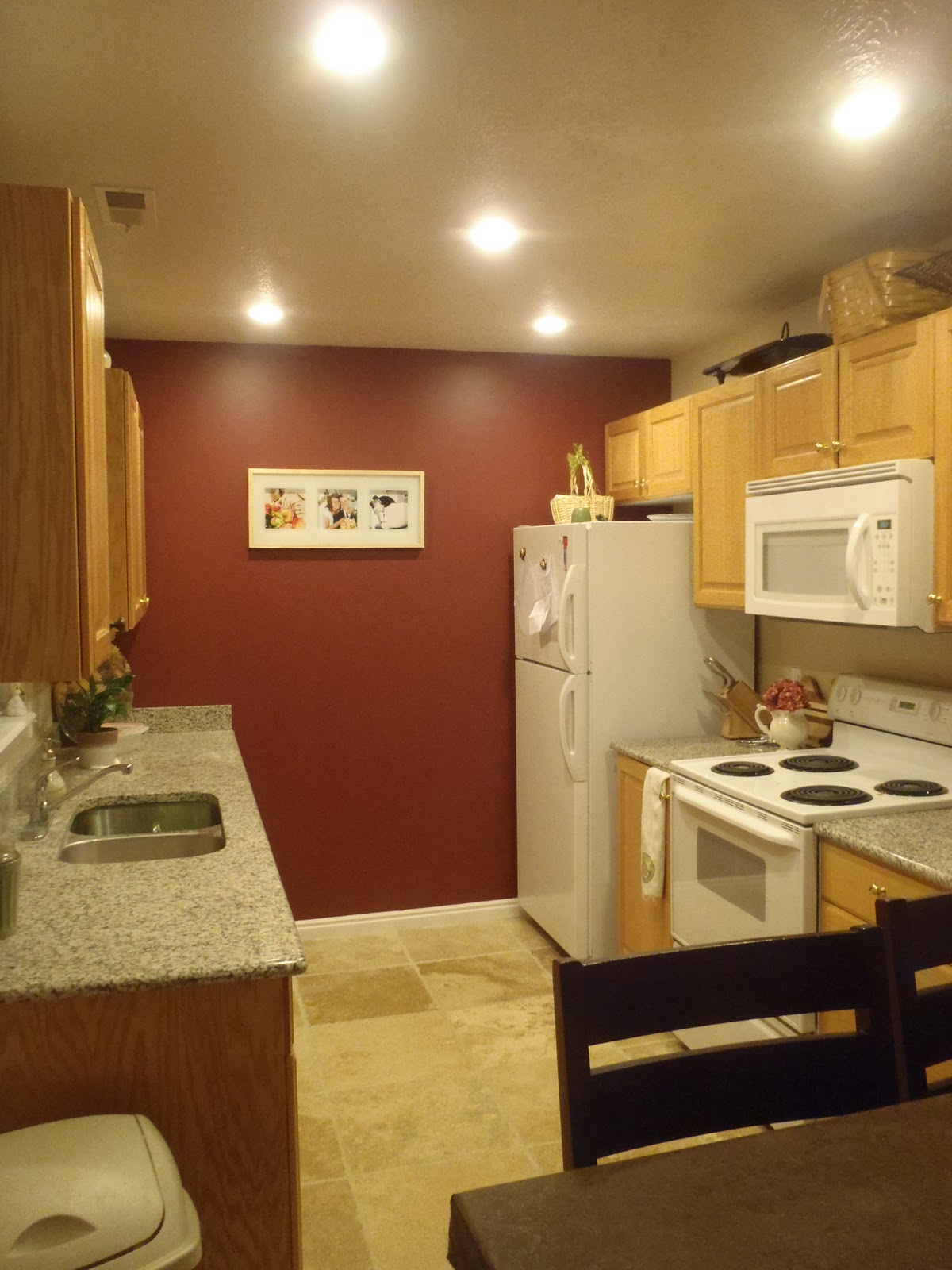 Remodelaholic Replacing Florescent Kitchen Light With Can
