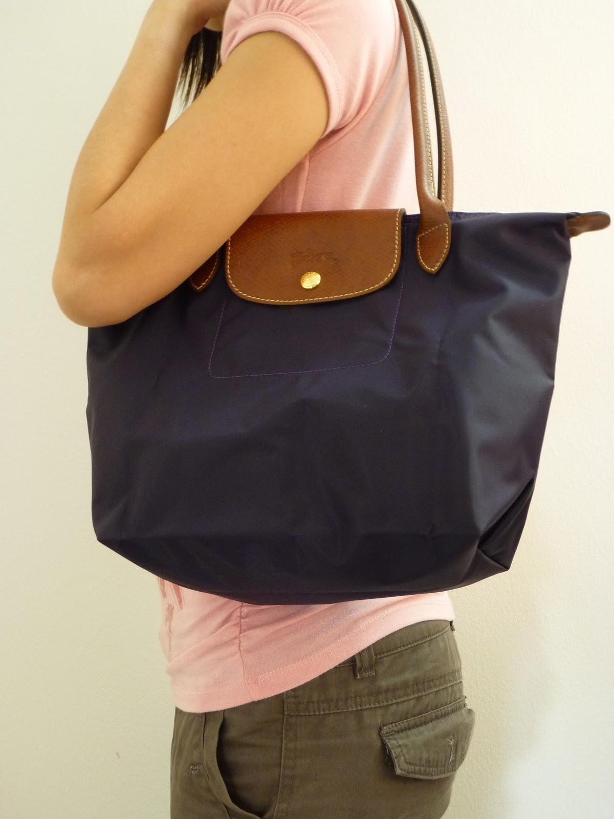 Longchamp Airports And Search On Pinterest