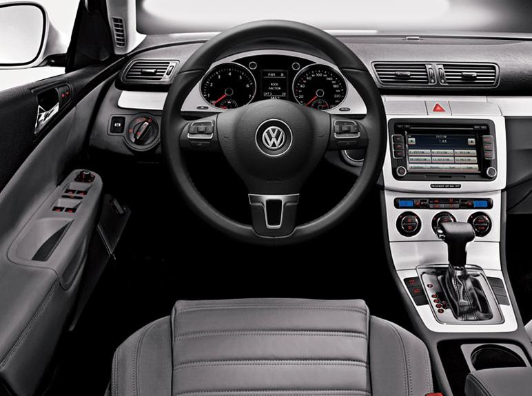 2010 Volkswagen Passat Interior | www.imgarcade.com ...