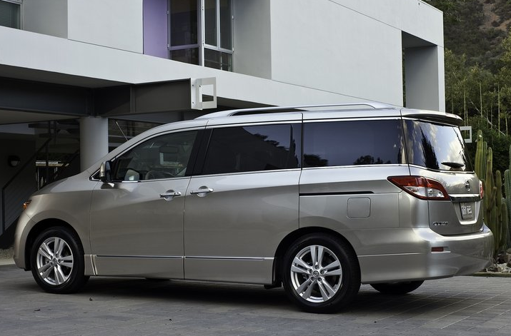 The Chrysler Town Country Was Best Ing Minivan In America 2010 For Month Of December Ceded Its Le To Partner