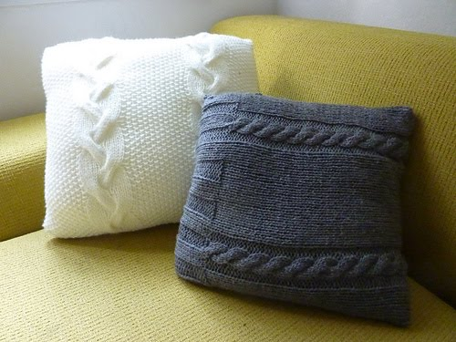filo rosa aggrovigliato: white cabled pillow and grey cabled pillow