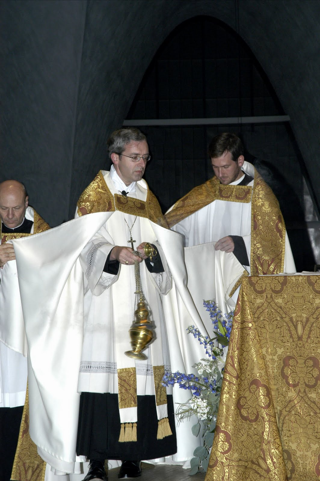New Liturgical Movement: Vespers from St  Louis Abbey