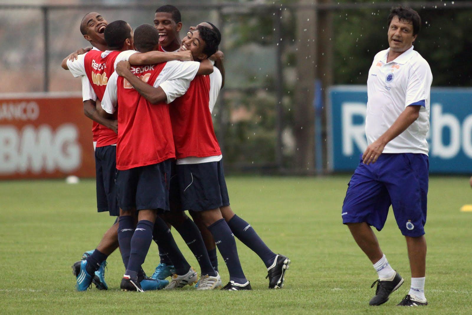 17241e67792 Clima bom no Cruzeiro às vésperas do jogo decisivo (foto divulgação da  Vipcomm - fotógrafo Gil Leonardi)