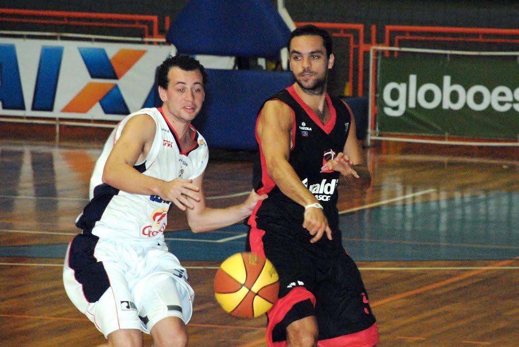 561c6a7e7a Winner Limeira e Bauru disputam hoje o 5º lugar na segunda fase do Paulista  de Basquete