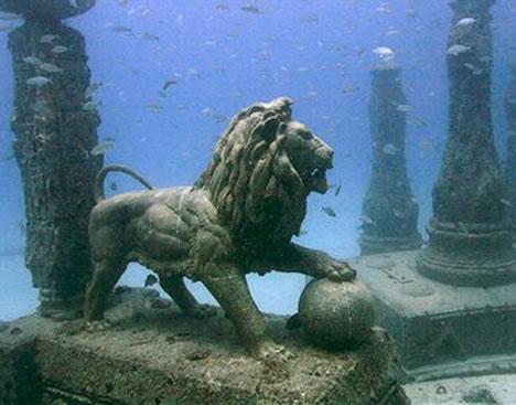 Underwater Cemetery (Miami, USA)