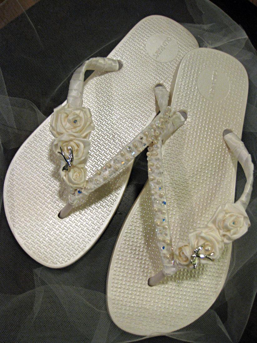 d23edf7ec Sew-Over-It  The Brides Flip Flops