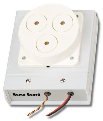 une alarme qui vous prot ge quand vous tes chez vous schema electronique net. Black Bedroom Furniture Sets. Home Design Ideas
