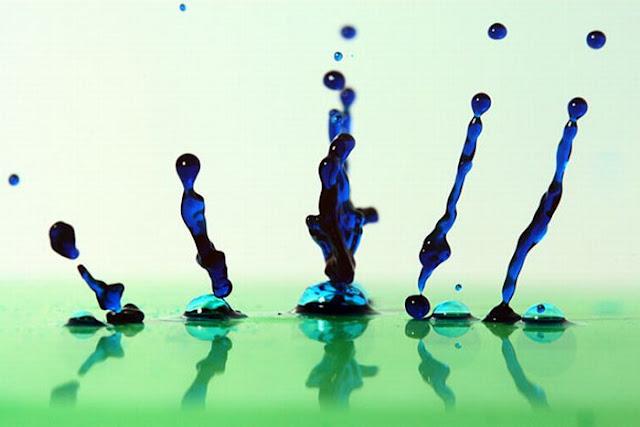قطرات المياة الملونة 87722.jpg