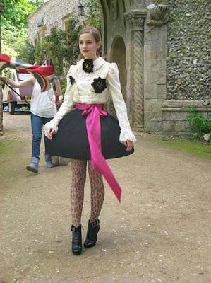 teen skirt