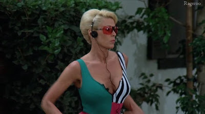Paparazzi Cleavage Leslie Easterbrook  naked (27 photo), iCloud, swimsuit