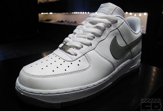 authentic air jordan: Nike Air Force 1 White Reflective Silver