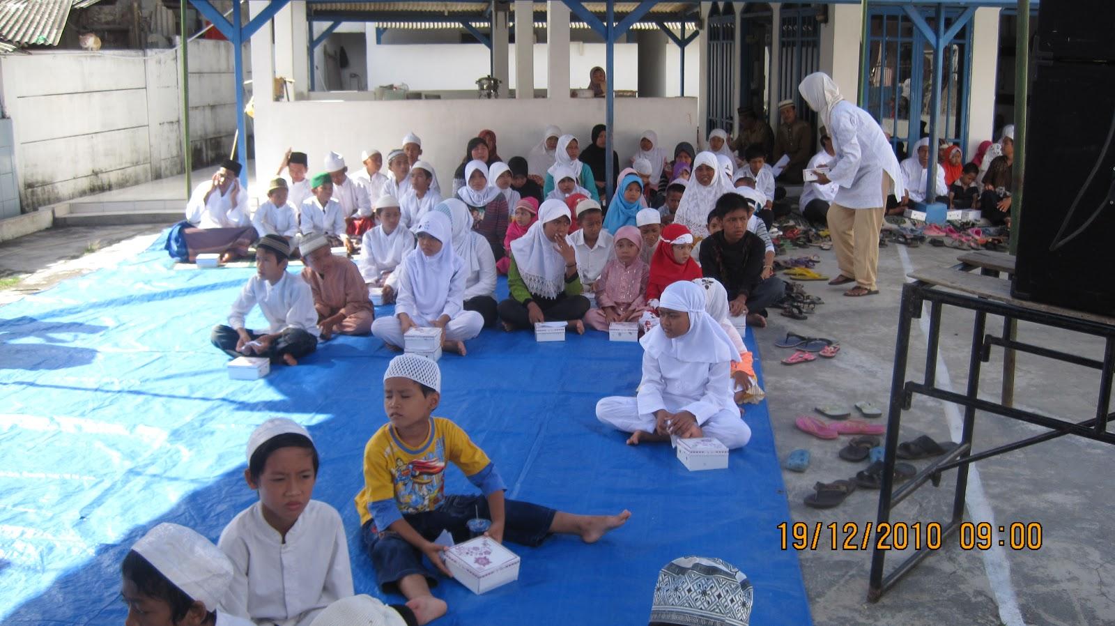 Masjid Attawaazun Foto Santunan Anak Yatim
