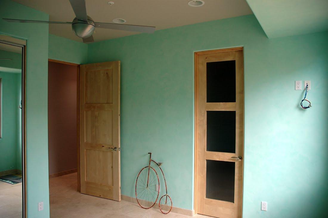 Behr Venetian Plaster Sea Foam Green Guest Room 2