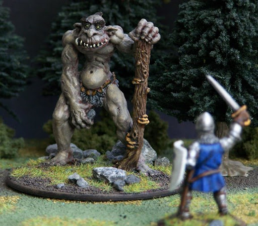 Ferrous Lands: Miniatures and Book Reviews: Trolls for 28mm