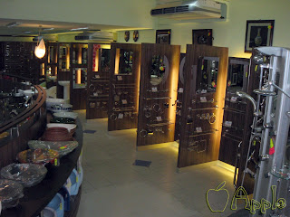 Sanitary Showroom Display Cabinets