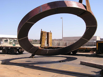 Una scultura di Mauro Staccioli a Bacu Abis  42876d91055
