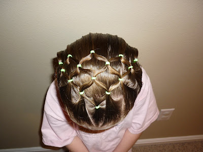 elastic connectors hairstyle
