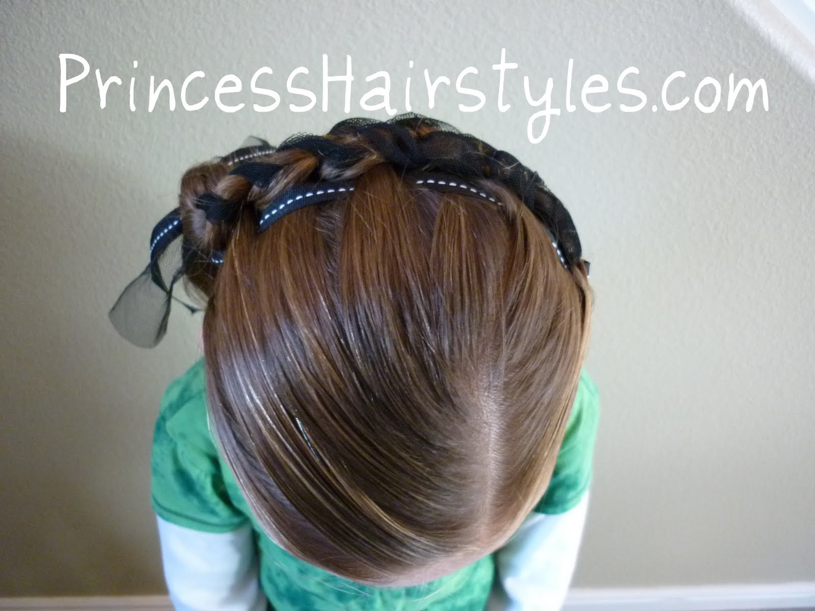 And here are the video instructions to create this fun hair style. 1600 x 1200.Easy Renaissance Hairstyles
