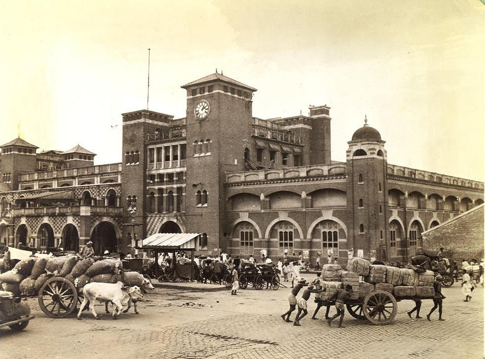 Howrah Station 1945