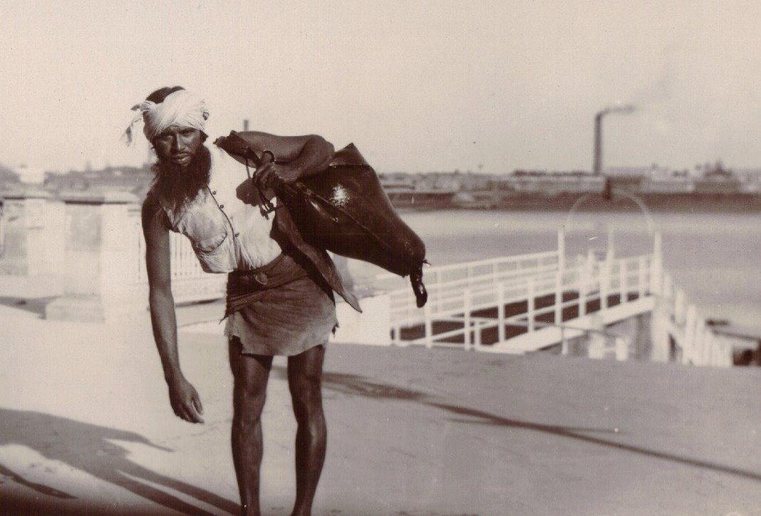 Bhisti Water Carrier, Calcutta c.1903