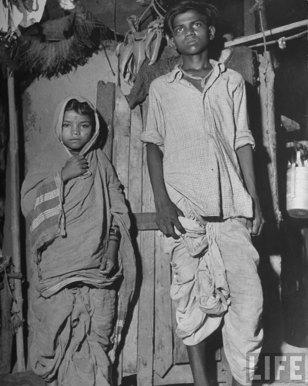 Indian child bride (Age 7) with her husband (Age 14) - Bombay (Mumbai) 1946