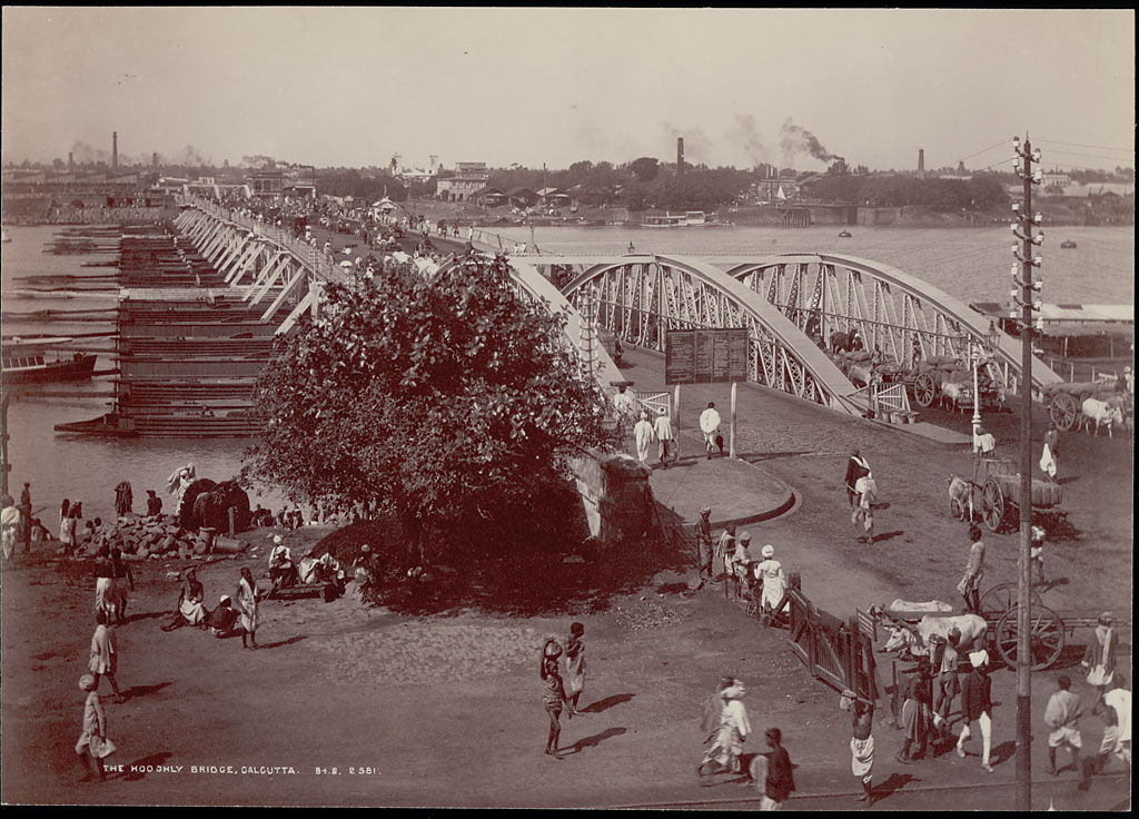 Pontoon Bridge Over Hooghly River in Calcutta (Kolkata) -  and Bullock Carts Nearby