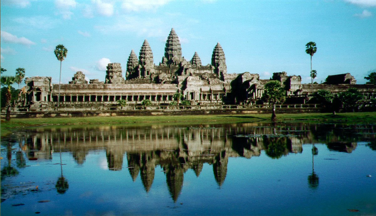 Angkor Wat : The City Temple ~ World's Travel Destination