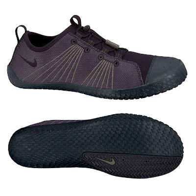 Black Shoe Wide Toe Box