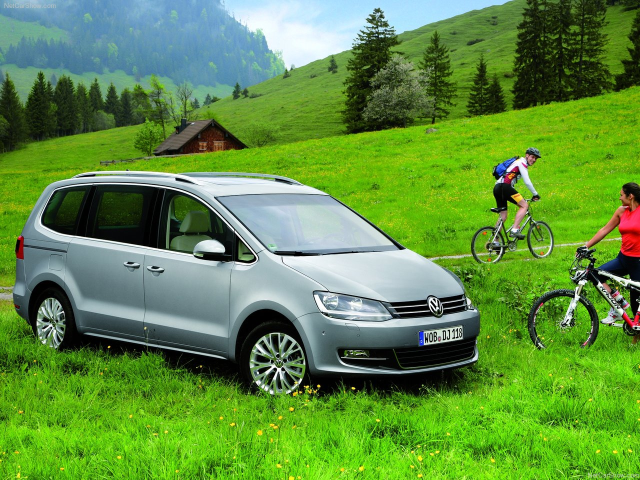 Family Car 2011 Volkswagen Sharan