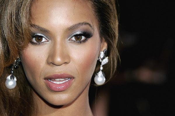Maquiagens da conatora Beyonce