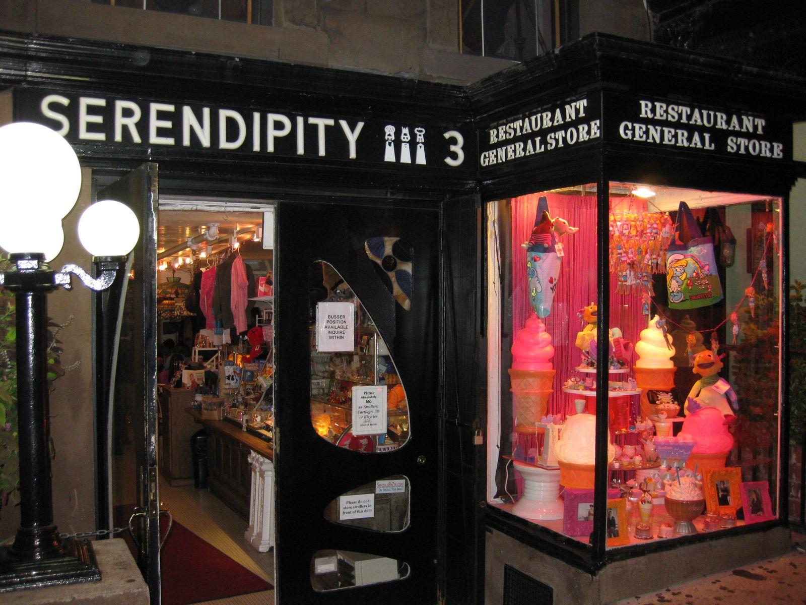 THE SAVVY SHOPPER: Serendipity 3's Frrrozen Hot Chocolate Lite