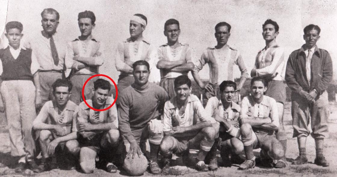 Portugal   Cadaval   Adão Lobo   1950   Equipa de futebol do Sporting Clube  Lourinhanense 08f42be452c70