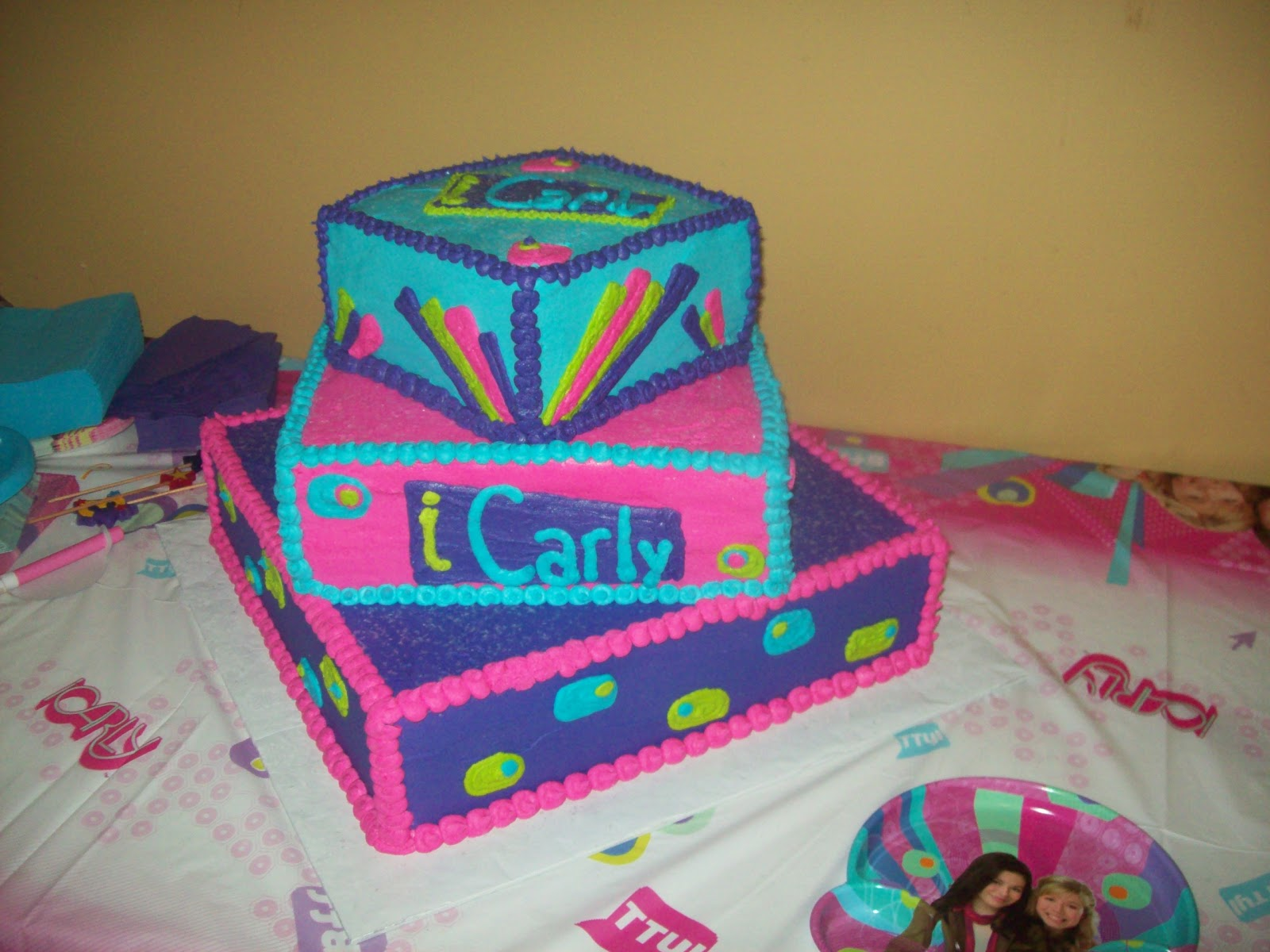 Kara S Cakes And Cupcakes Icarly Birthday Cake