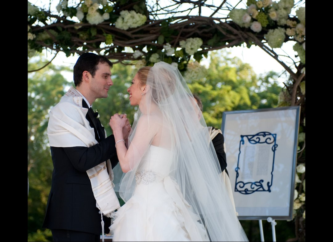 Chelsea Clinton Wedding Photography: UPDATED: Chelsea Clinton Wedding Photos- Wedding Dress
