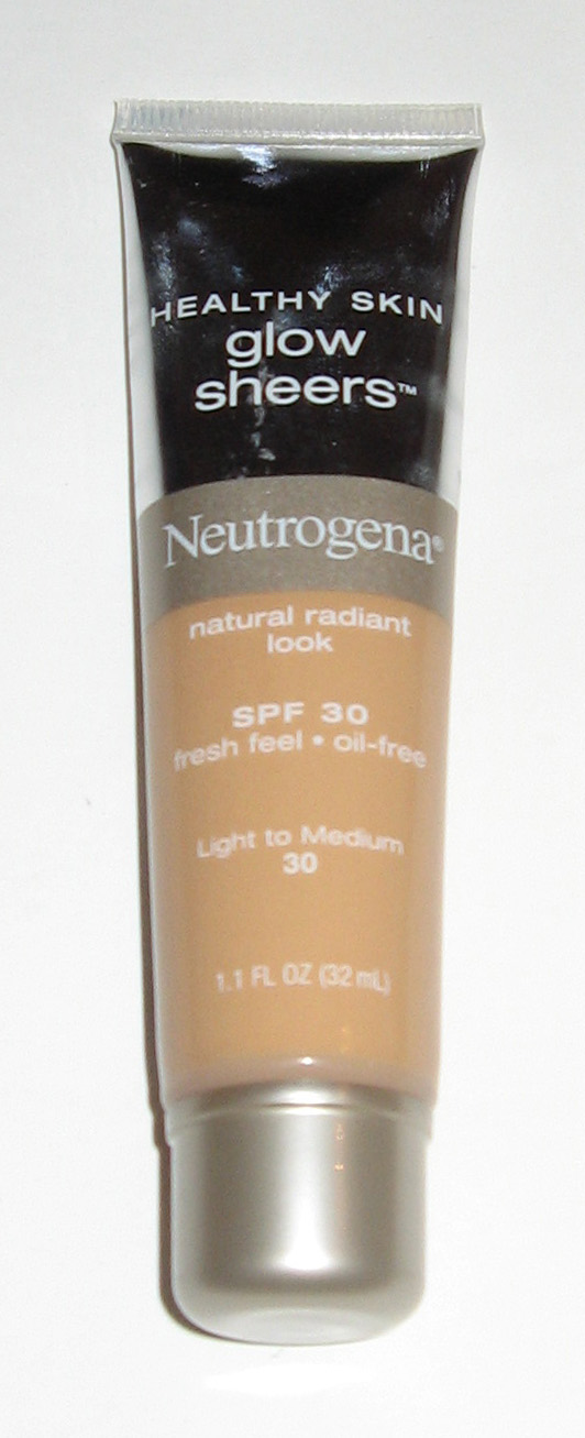 Healthy Skin Glow Sheers by Neutrogena #19