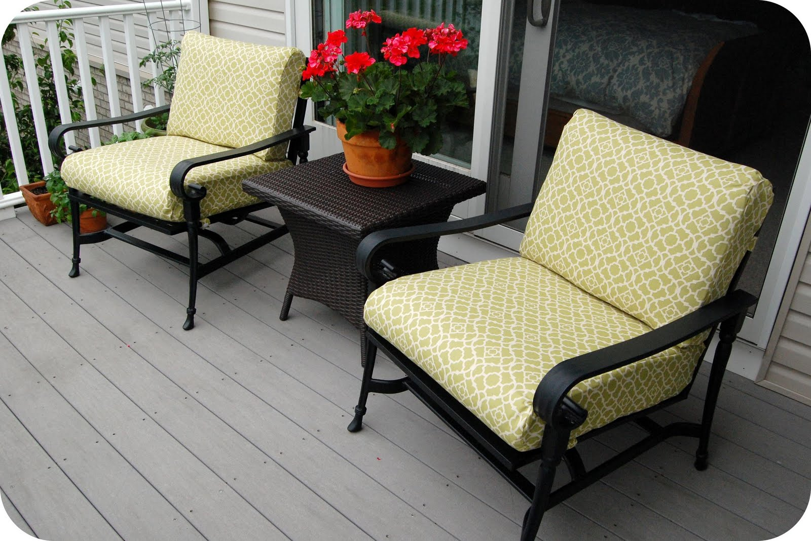 sewing patterns for patio chair cushions desk with wheels remodelaholic that 39s cushy updated cushion