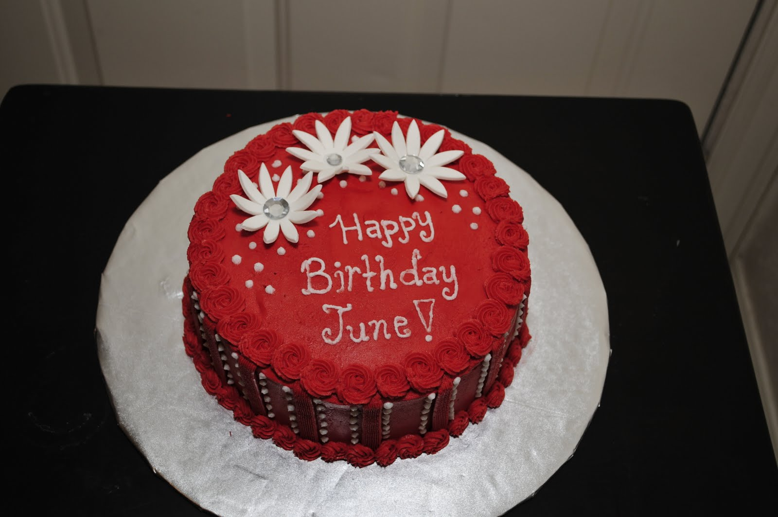 Lindsay's Custom Cakes: June's Birthday Cake