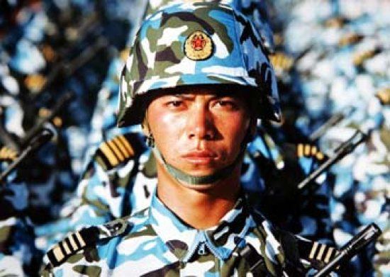 http://2.bp.blogspot.com/_phMeXReHjnc/TCbC1R6gnhI/AAAAAAAAESQ/yje9AbjAMxg/s1600/soldat-chine.jpg