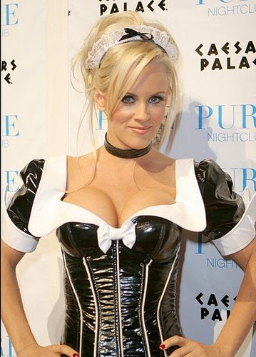WORLD MODEL: American Jenny McCarthy