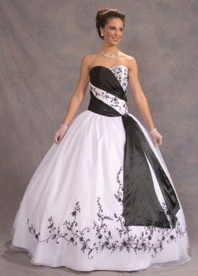 Vestidos de 15 en blanco y negro
