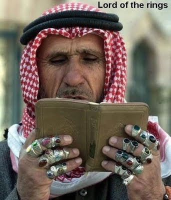 shaikh-reading-wearing-so-many-rings
