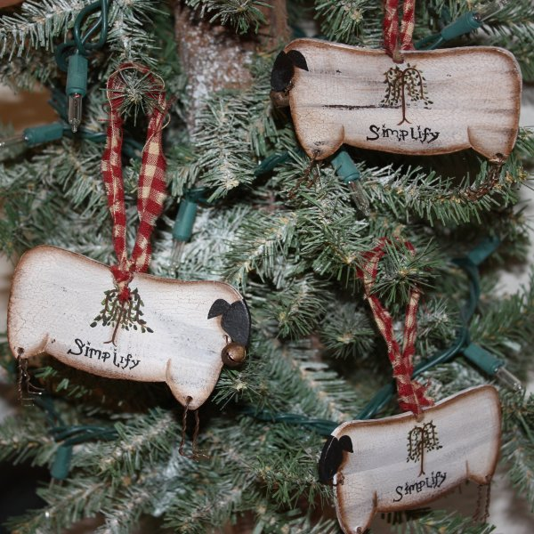 Primitive Christmas Decorating: Adorable Country Classics Home Decor & Gifts: Primitive