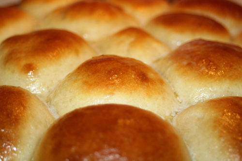 Stuff My Mom Cooks...: Quick and Easy Yeast Rolls